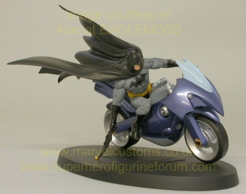 [DC] Preview Speciale DC Collection HSXX_batman_bike_preview_02