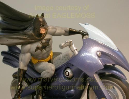 [DC] Preview Speciale DC Collection HSXX_batman_bike_preview_03