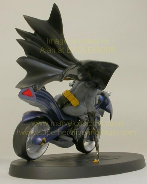 [DC] Preview Speciale DC Collection HSXX_batman_bike_preview_14